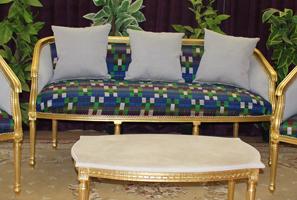 canap s de style louis xv de chez nayar. Black Bedroom Furniture Sets. Home Design Ideas