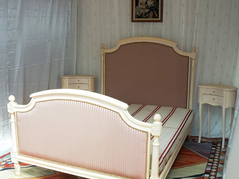 fabricant lit et tte de lit baroque louis xv xvi empire sur mesure. Black Bedroom Furniture Sets. Home Design Ideas