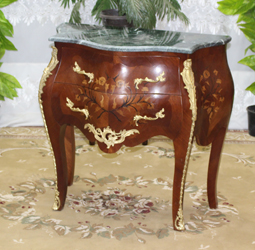 Commode marqueterie de Style Louis XV